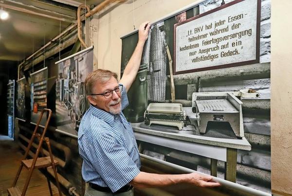 Wolfgang Lorenz stellt im Industriemuseum aus. Foto: Heike Schulze