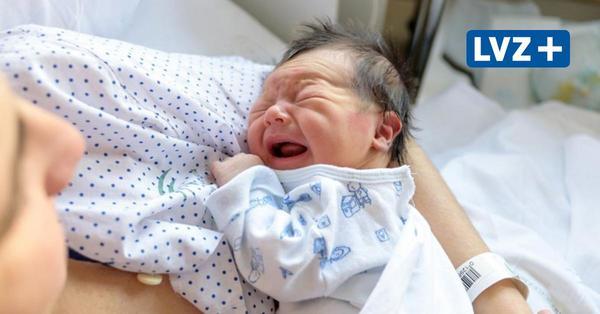 Aufschrei im Kreißsaal: Mütter und Hebammen berichten von Geburten in Zeiten von Corona