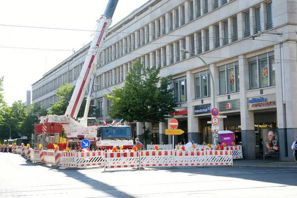 Baustelle in der Charlottenstraße Höhe Wilhelmgalerie. Foto: Bernd Gartenschläger