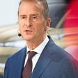 Führungswechsel bei Kernmarke - Porsche/Piëch-Clan hält zu VW-Konzernchef Diess