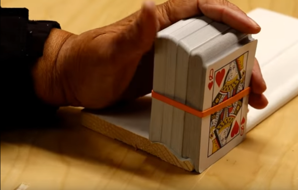 Copy complex contours with a stack of playing cards.