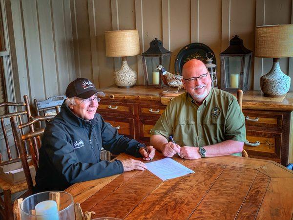 SCI, Buckmasters Sign Joint Venture Agreement