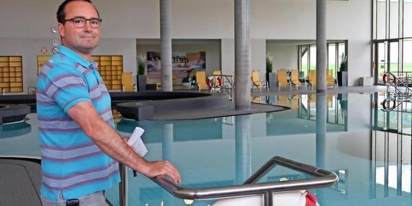 Björn Meding leitet das Schwimmbad blu. Foto: Fabian Lamster