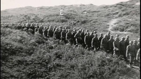 Duitse militairen geven zich over