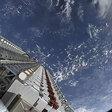SpaceX laat satellieten los in ruimte en het is het tofste wat je vandaag ziet