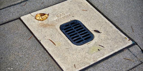 Down the drain... news media is untrusted. Credit: Denis Lesak on Unsplash