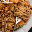 Traditional prawn Pad Thai