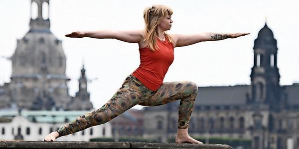 Palais Sommer in Dresden bietet wieder Yoga unter freiem Himmel
