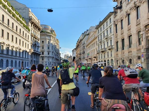 Bike strike il 19 giugno a Milano: tanti rider, pochi ciclisti. Peccato.
