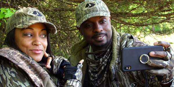 Americans are turning to hunting during the pandemic —and this couple is showing them how on social media