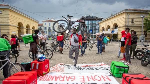 I rider possono tornare con le loro bici sui treni: accordo tra sindacati e Trenord