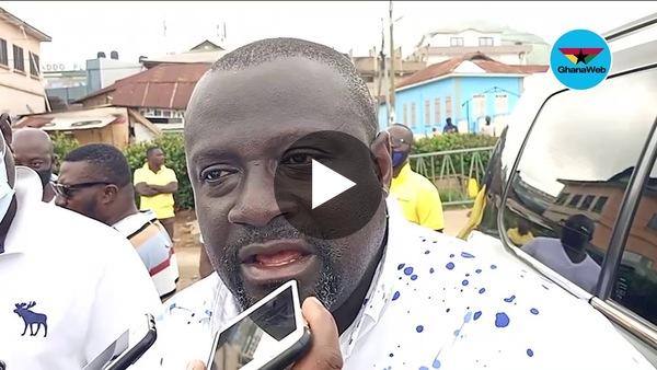 NPP Decides: Mark Assibey Yeboah casts vote at New Juaben South