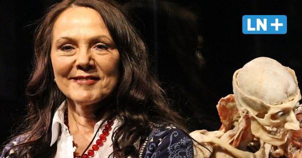 """Lübeck: Kuratorin Angelina Whalley spricht über die """"Körperwelten"""" in der Kulturwerft Gollan"""
