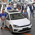 VW fährt in Zwickau elektrisch: Letzter Verbrenner gefertigt