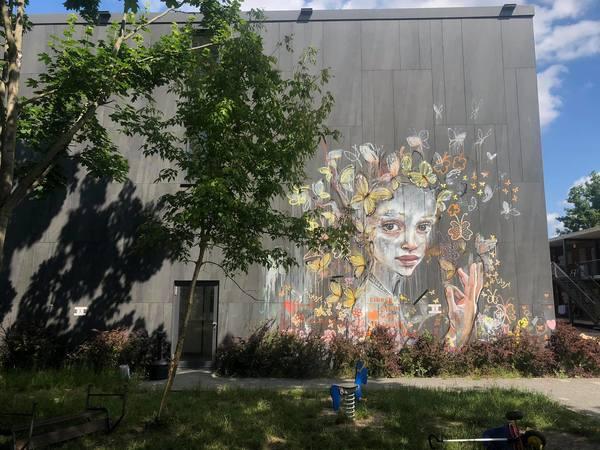 Wo findet sich dieses Wandbild? Foto: Peter Degener