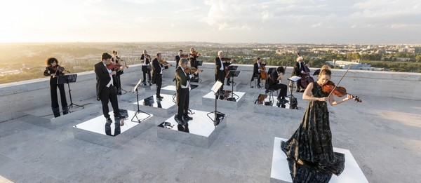 Sharing a positive message: a socially distanced orchestra perform in Rome!