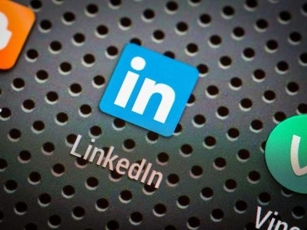 LinkedIn says iOS clipboard snooping after every key press is a bug, will fix