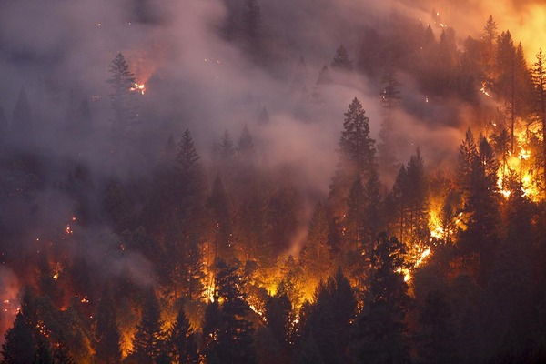 Western fire season could raise stakes in battle against COVID-19