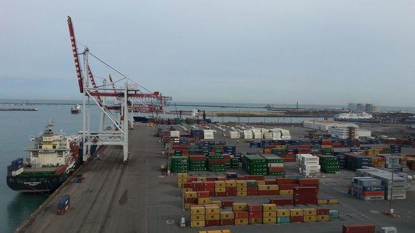 La relance éco : le port de Dunkerque continue de tousser - Havenactiviteit blijft sputteren