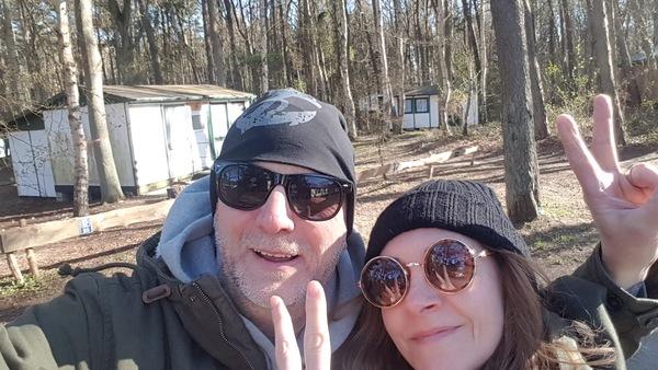 Ein Selfie mit Loni in Mövenort (Foto: Jens Syllwasschy)