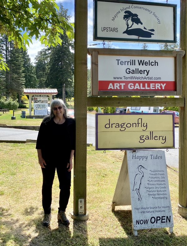 And the new sign is up for the Terrill Welch Gallery!
