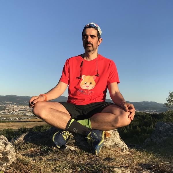 Le running et la méditation sont très efficaces pour se détacher des infos. Et ça aide aussi à réfléchir différement