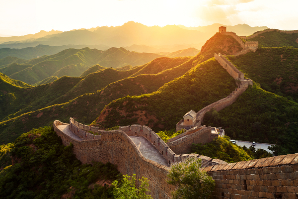 De Chinese Muur wordt bij elkaar gehouden door kleverige rijst.........