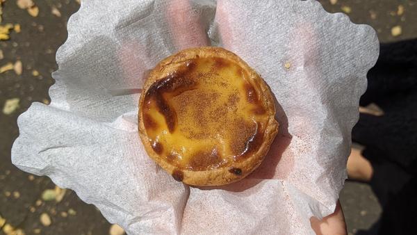 Pastéis de Nata sind wahrscheinlich die beliebteste Süßspeise Portugals. Foto: Nadine Wolter