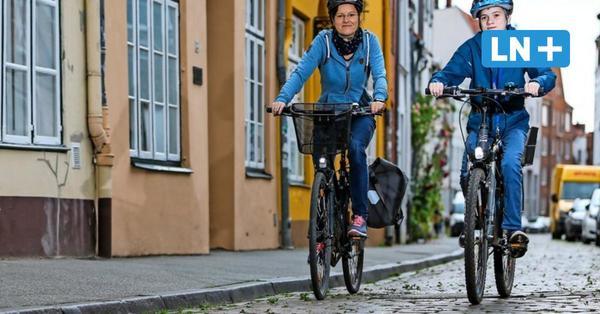 Kopfsteinpflaster in Lübecks Altstadt: Radler wünschen sich glatte Fahrbahnen