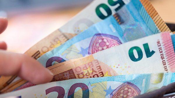 Zum ersten Mal seit vier Jahren: Inflation in Deutschland sinkt unter null
