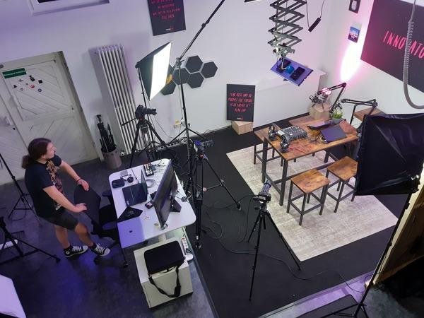 Ein Teil unseres Videostudio, jetzt auch mit 6K Kameras