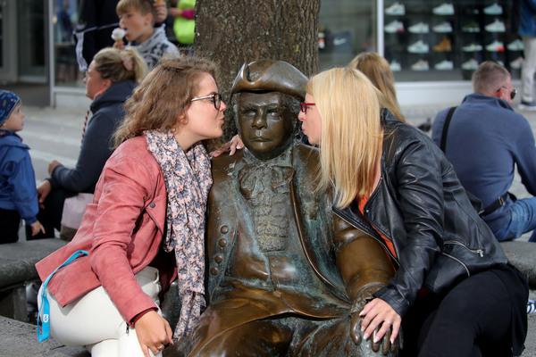 Alle lieben Asmus Bremer: Aber wie war er wirklich?