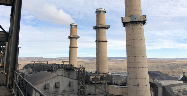 New Mexico shuns gas, chooses renewables to replace coal