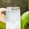 4 reasons why drinking coconut water must be a routine