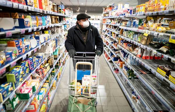 Experts say more grocery hoarding is coming – here's what you should stock up on while you can