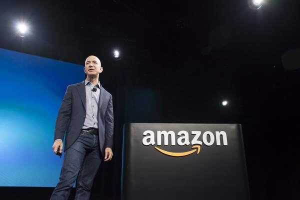 Why Jeff Bezos makes Amazon execs read 6-page memos at the start of each meeting