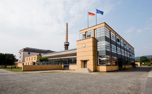 Schlüsselbau der Moderne: Das Fagus-Werk in Alfeld. (Foto: Julian Stratenschulte/dpa)