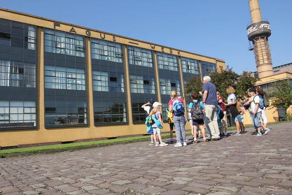Wegen der Corona-Pandemie ist derzeit nur das Außengelände des Werks zu besichtigen. (Foto: privat)