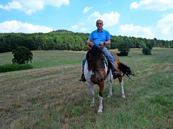 Auf Pferd Jack angewiesen: LVZ-Reporter Roland Herold. Foto: Markus Schönhoff