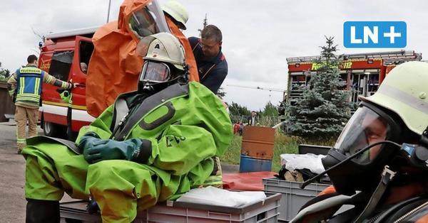 Einsatz bei extremer Hitze: Feuerwehrleute gehen bis an die Grenze ihrer Belastbarkeit
