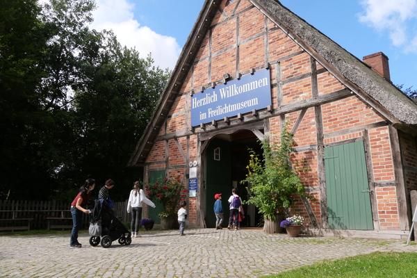 Ländliches Idyll: Ein Besuch im Freilichtmuseum ist wie eine Zeitreise. (Foto: Carolin George
