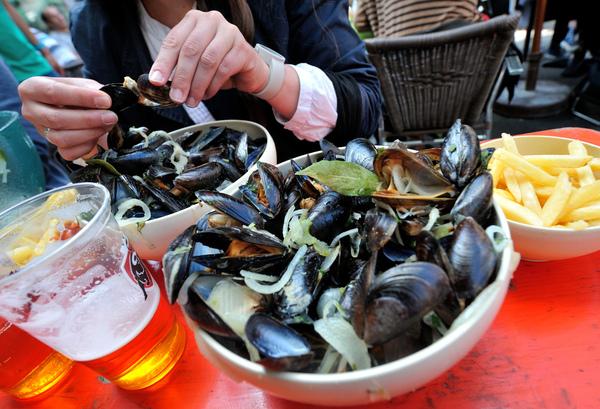 La Flandre française : Maroilles, moules frites et bières... - Frans-Vlaanderen: kaas, mosselen-friet en bier