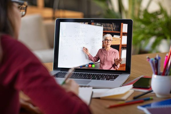 Don't Miss The Freelance Opportunity In I-Learning And Remote Education