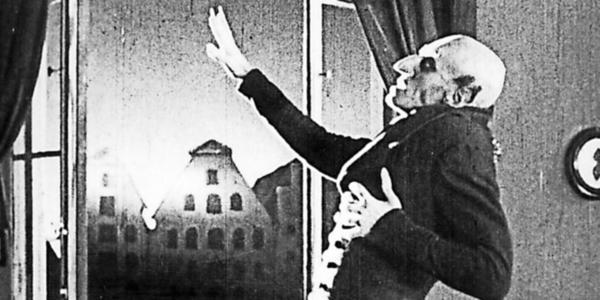 """Vampir-Film - Horror in der Nikolaikirche: Wismar erinnert an """"Nosferatu""""-Dreh von 1921"""