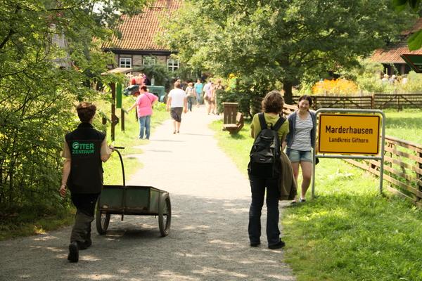 Durchs Otterzentrum führt ein drei Kilometer langes Wegenetz. (Foto: Aktion Fischotterschutz e.V.)