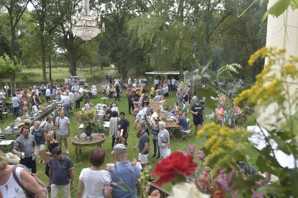 Das Dorffest in Schwante im vergangenen Jahr. Dieses Jahr fällt es kleiner aus. Foto: Robert Roeske