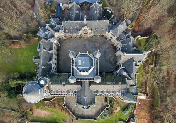 Besucher können jetzt die Marienburg neu entdecken. (Foto: Julian Stratenschulte/dpa)