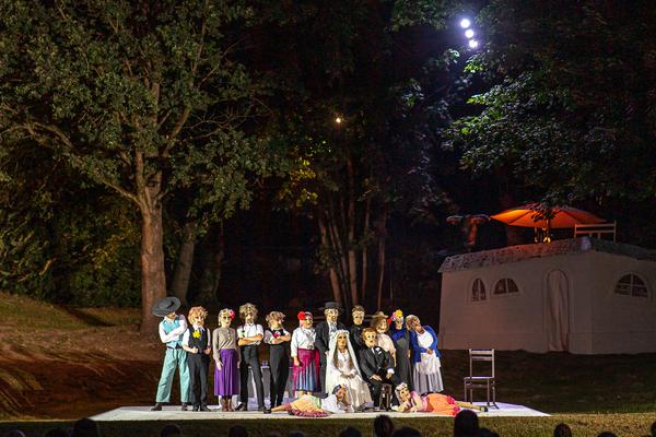 """Die """"Bluthochzeit"""" bei der Premiere am 1. August. Foto: Detlev Scheerbarth"""