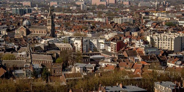 A Lille, le nouveau centre commercial ouvre sous un flot de critiques - Nieuw winkelcentrum Lillenium krijgt kritiek