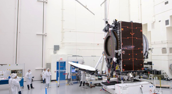 Companies are flying old satellites longer, study finds